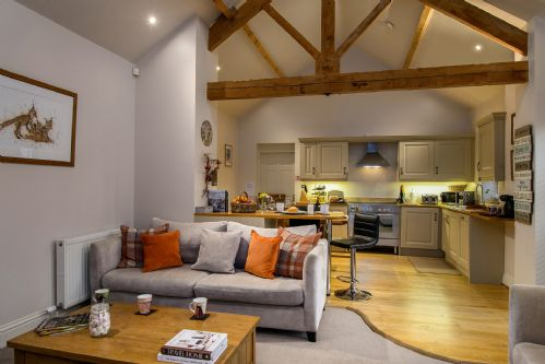 Smithy Cottage Living 1