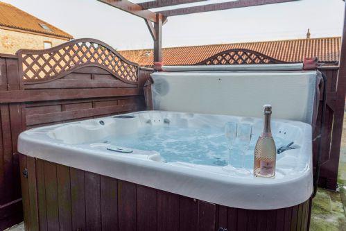 Smithy Cottage Hot Tub