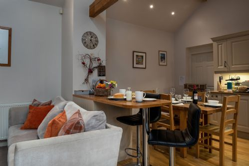 Smithy Cottage Breakfast Bar 2