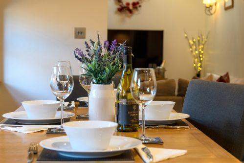 Fox Cottage Dining 6