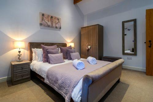 Fox Cottage Bedroom 2