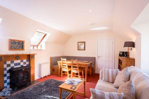 Glen View Cottage Living