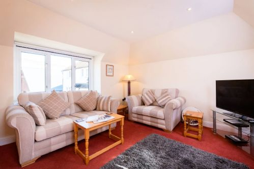 Glen View Cottage Living 4