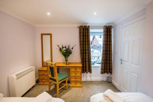 Glen View Cottage Bedroom Detail