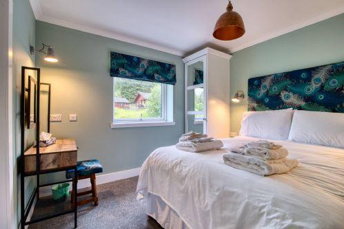 Pine Cabin Double Room