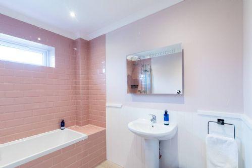 Pine Cabin Bathroom