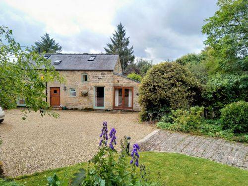 Upfront,up,front,reviews,accommodation,self,catering,rental,holiday,homes,cottages,feedback,information,genuine,trust,worthy,trustworthy,supercontrol,system,guests,customers,verified,exclusive,acorn cottage,acorn cottage,ashover ,,image,of,photo,picture,view