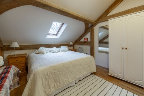 Upfront,up,front,reviews,accommodation,self,catering,rental,holiday,homes,cottages,feedback,information,genuine,trust,worthy,trustworthy,supercontrol,system,guests,customers,verified,exclusive,woodland retreat lodge,glamping hideaways,brundish,,image,of,photo,picture,view