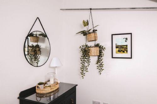 Luxury Penthouse - mirror