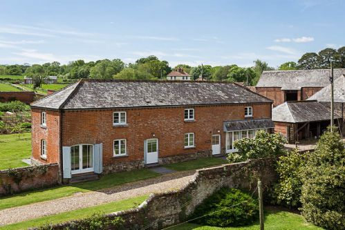 Upfront,up,front,reviews,accommodation,self,catering,rental,holiday,homes,cottages,feedback,information,genuine,trust,worthy,trustworthy,supercontrol,system,guests,customers,verified,exclusive,the stables,cadhay house,ottery st mary,,image,of,photo,picture,view