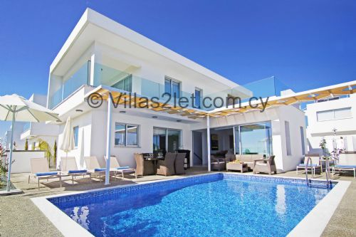 Upfront,up,front,reviews,accommodation,self,catering,rental,holiday,homes,cottages,feedback,information,genuine,trust,worthy,trustworthy,supercontrol,system,guests,customers,verified,exclusive,napa view,villas2let.com.cy,ayia napa,,image,of,photo,picture,view