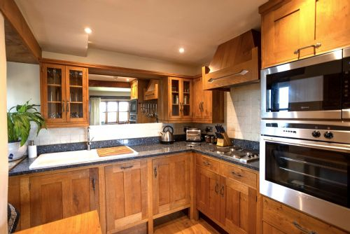 Upfront,up,front,reviews,accommodation,self,catering,rental,holiday,homes,cottages,feedback,information,genuine,trust,worthy,trustworthy,supercontrol,system,guests,customers,verified,exclusive,cobnut,heath farm holiday cottages,chipping norton,,image,of,photo,picture,view