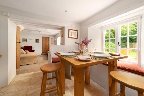Upfront,up,front,reviews,accommodation,self,catering,rental,holiday,homes,cottages,feedback,information,genuine,trust,worthy,trustworthy,supercontrol,system,guests,customers,verified,exclusive,rose cottage,my favourite cottages,shirwell, barnstaple,,image,of,photo,picture,view