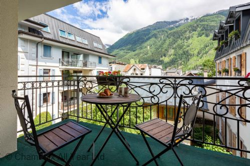Balcony with views over the Mont Blanc Massif