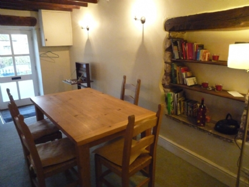 Rook Cottage, Winton, Dining area, Lakes Cottage Holidays