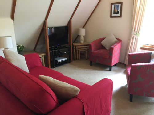 Upfront,up,front,reviews,accommodation,self,catering,rental,holiday,homes,cottages,feedback,information,genuine,trust,worthy,trustworthy,supercontrol,system,guests,customers,verified,exclusive,lornty lodge,ericht holiday lodges,,,image,of,photo,picture,view