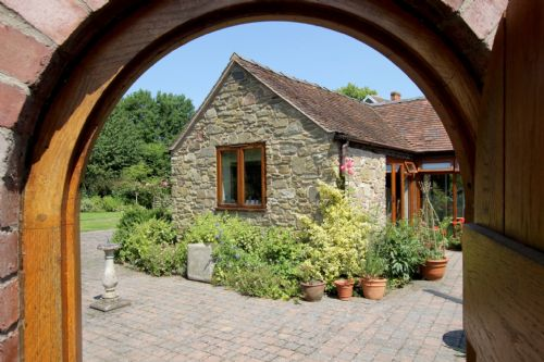 Upfront,up,front,reviews,accommodation,self,catering,rental,holiday,homes,cottages,feedback,information,genuine,trust,worthy,trustworthy,supercontrol,system,guests,customers,verified,exclusive,garden cottage,eaton manor country estate,church stretton,,image,of,photo,picture,view