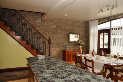 Delph Cottage, dining area, Cottage Holiday Group