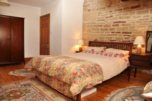 Threshings Cottage, bedroom, Cottage Holiday Group