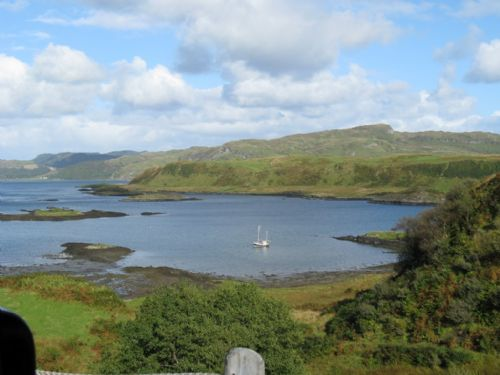 Upfront,up,front,reviews,accommodation,self,catering,rental,holiday,homes,cottages,feedback,information,genuine,trust,worthy,trustworthy,supercontrol,system,guests,customers,verified,exclusive,hh3 - otter,sunnybrae caravan park,oban,,image,of,photo,picture,view