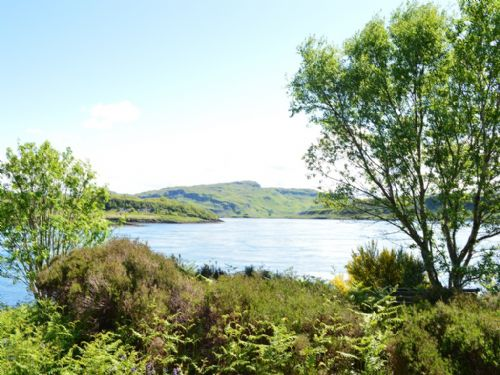Upfront,up,front,reviews,accommodation,self,catering,rental,holiday,homes,cottages,feedback,information,genuine,trust,worthy,trustworthy,supercontrol,system,guests,customers,verified,exclusive,5 - heron holiday home,sunnybrae caravan park,oban,,image,of,photo,picture,view