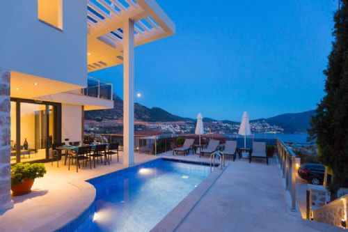 Upfront,up,front,reviews,accommodation,self,catering,rental,holiday,homes,cottages,feedback,information,genuine,trust,worthy,trustworthy,supercontrol,system,guests,customers,verified,exclusive,zenato apartment - mavi su house,olive tree travel,central kalkan,,image,of,photo,picture,view
