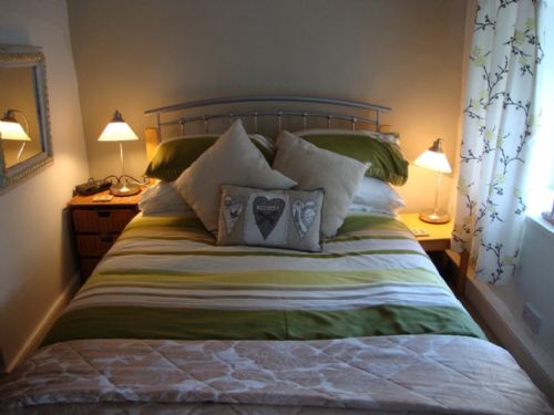 Nightingale Cottage, Bedroom, Lakes Cottage Holidays