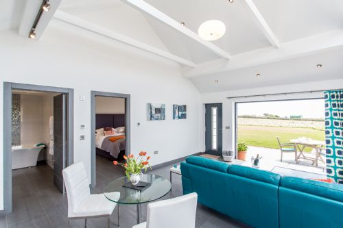 Upfront,up,front,reviews,accommodation,self,catering,rental,holiday,homes,cottages,feedback,information,genuine,trust,worthy,trustworthy,supercontrol,system,guests,customers,verified,exclusive,skylarks barn,downs barn farm,penzance,,image,of,photo,picture,view