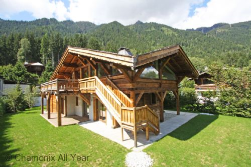 Luxurious Chalet les Praz