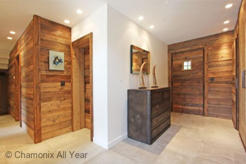 Entrance hallway with ample storage for coats
