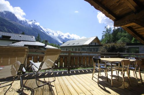 Sunny terrace facing Mont Blanc