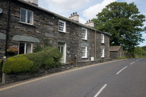 Holly Tree Cottage (sleeps 2-4) NEW MAY 2015