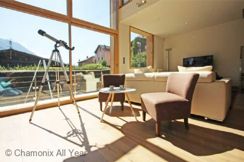 All sorts of extra facilities to help you enjoy your stay, including a telescope for star gazing