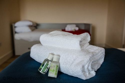 Fresh towels and toiletries supplied to all guests
