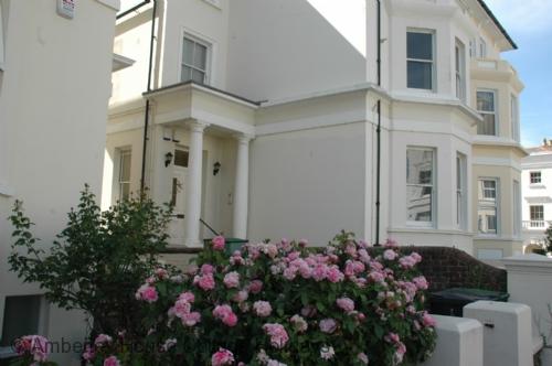Keesha House Apartment - Main Image