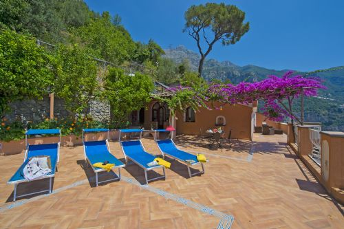 Upfront,up,front,reviews,accommodation,self,catering,rental,holiday,homes,cottages,feedback,information,genuine,trust,worthy,trustworthy,supercontrol,system,guests,customers,verified,exclusive,casa gioia,my rental homes by rentals in italy srl,positano,,image,of,photo,picture,view