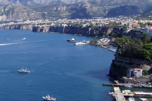 Upfront,up,front,reviews,accommodation,self,catering,rental,holiday,homes,cottages,feedback,information,genuine,trust,worthy,trustworthy,supercontrol,system,guests,customers,verified,exclusive,casa charlotte,my rental homes by rentals in italy srl,sorrento,,image,of,photo,picture,view