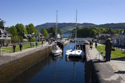 Upfront,up,front,reviews,accommodation,self,catering,rental,holiday,homes,cottages,feedback,information,genuine,trust,worthy,trustworthy,supercontrol,system,guests,customers,verified,exclusive,talisker,highland club direct,fort augustus,,image,of,photo,picture,view