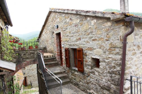 Upfront,up,front,reviews,accommodation,self,catering,rental,holiday,homes,cottages,feedback,information,genuine,trust,worthy,trustworthy,supercontrol,system,guests,customers,verified,exclusive,cottage maltilde ,tuscan charm,castiglion fiorentino,,image,of,photo,picture,view
