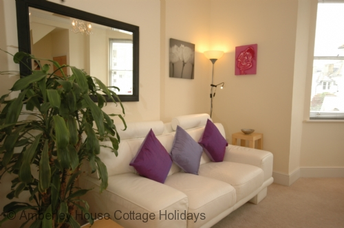 Holiday cottage The Devonshire Apartment - Main Image