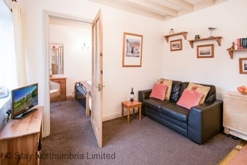 Upfront,up,front,reviews,accommodation,self,catering,rental,holiday,homes,cottages,feedback,information,genuine,trust,worthy,trustworthy,supercontrol,system,guests,customers,verified,exclusive,no3 cliff house cottages,stay northumbria limited,seahouses,,image,of,photo,picture,view