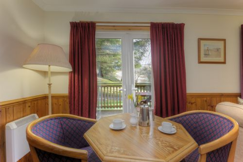 Upfront,up,front,reviews,accommodation,self,catering,rental,holiday,homes,cottages,feedback,information,genuine,trust,worthy,trustworthy,supercontrol,system,guests,customers,verified,exclusive,poplar lodge,lagnakeil highland lodges,oban,,image,of,photo,picture,view