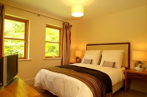 Upfront,up,front,reviews,accommodation,self,catering,rental,holiday,homes,cottages,feedback,information,genuine,trust,worthy,trustworthy,supercontrol,system,guests,customers,verified,exclusive,fota island 2 bed  classic lodge, fota island  resort, cork - 2 bed - sleeps 4,relax ireland - the holiday home experts,fota island,,image,of,photo,picture,view