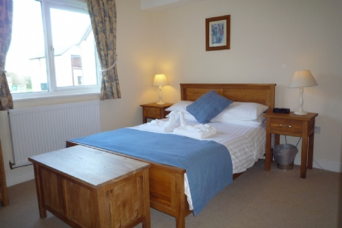 Whitbarrow Kirkstone (24), Double bedroom, Lakes Cottage Holidays