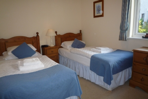 Whitbarrow Kirkstone (24), Twin bedroom, Lakes Cottage Holidays