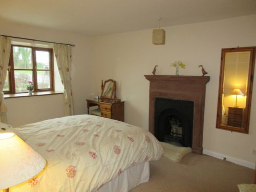 Midtown Cottage, Newby, Double bedroom, Lakes Cottage Holiday