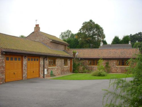 Upfront,up,front,reviews,accommodation,self,catering,rental,holiday,homes,cottages,feedback,information,genuine,trust,worthy,trustworthy,supercontrol,system,guests,customers,verified,exclusive,roman cottage ,villa farm holiday cottages & wedding venue,york,,image,of,photo,picture,view