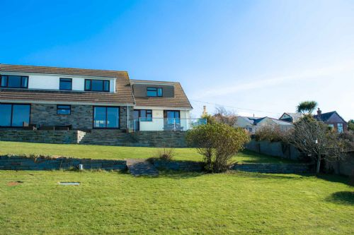 Upfront,up,front,reviews,accommodation,self,catering,rental,holiday,homes,cottages,feedback,information,genuine,trust,worthy,trustworthy,supercontrol,system,guests,customers,verified,exclusive,reevescott retreat,cornwalls cottages ltd,tintagel,,image,of,photo,picture,view