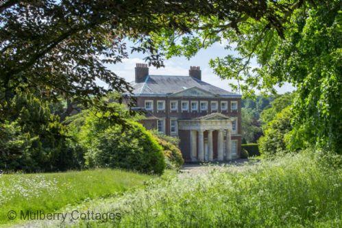 Weddings At Goodnestone Park Cottage In Kent