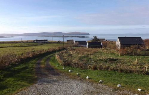 Upfront,up,front,reviews,accommodation,self,catering,rental,holiday,homes,cottages,feedback,information,genuine,trust,worthy,trustworthy,supercontrol,system,guests,customers,verified,exclusive,tigh sona,islands and highlands cottages,hallin,,image,of,photo,picture,view